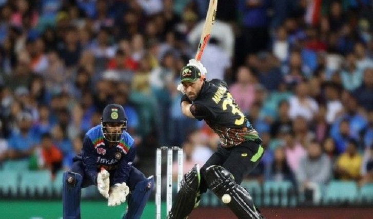 Maxwell fireworks as Australia hit 186-5 in India T20