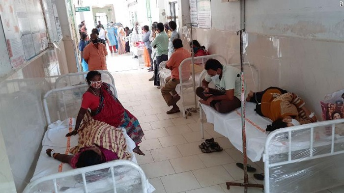 Unidentified illness hospitalises more than 300 people in India