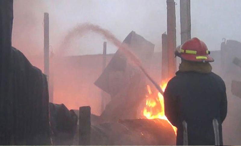 Chawkbazar plastic factory fire extinguished
