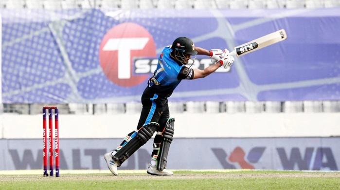 Dhaka keep final hope alive beating Barishal by nine runs