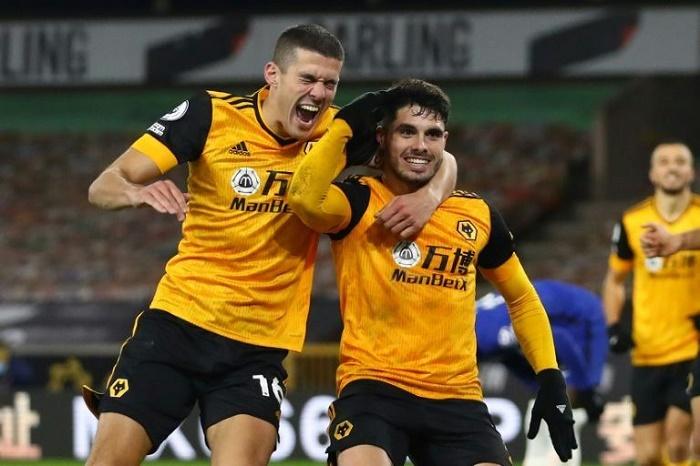 Wolves bite back to beat Chelsea