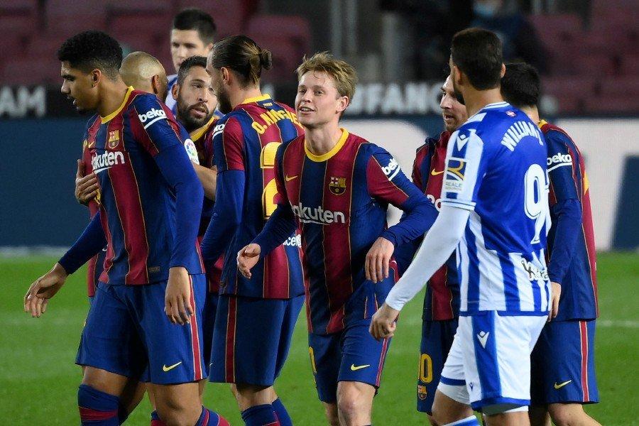 Barcelona fight back to reignite title bid
