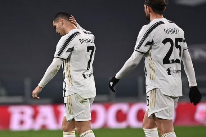 Ronaldo penalty miss as Juve held by Atalanta