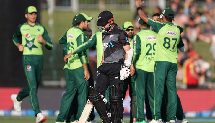 Pakistan need 174 to avoid New Zealand T20 series sweep