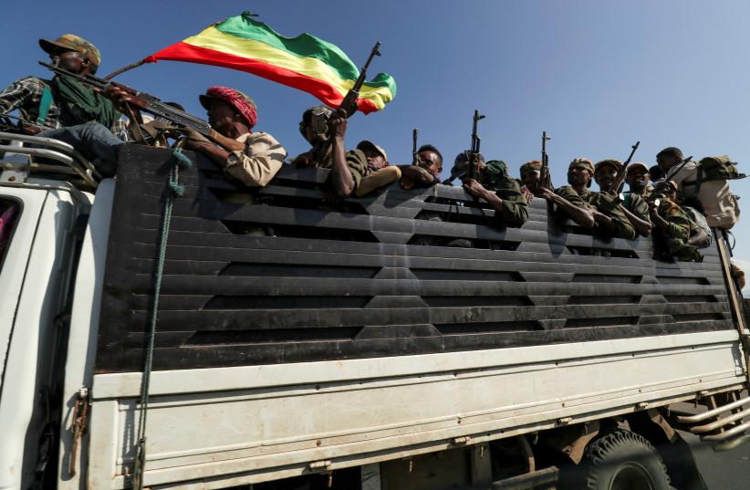 Ethiopia military 'kills 42 after 100 massacred'