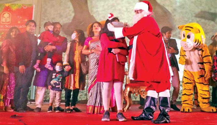 Christmas celebrated in shadow of corona