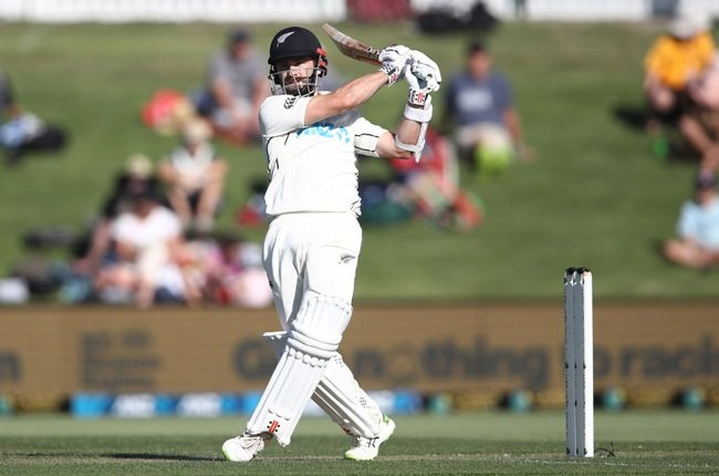 Gritty Williamson lifts New Zealand after early Pakistan strike