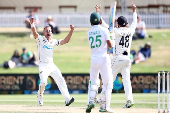 New Zealand beat Pakistan by 101 runs in first Test