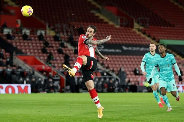 'Rusty' Liverpool stumble again in Southampton defeat