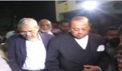 Fakhrul visits ailing Moudud at hospital
