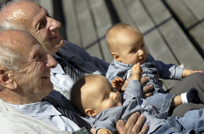 Identical twins aren't perfect clones, research shows