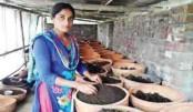 Woman pioneering vermi venture in Jashore