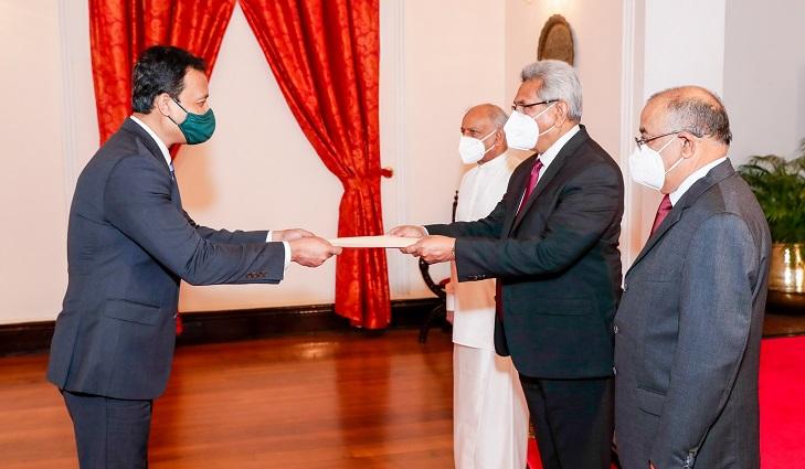 New Bangladesh envoy presents Credentials to President of Sri Lanka