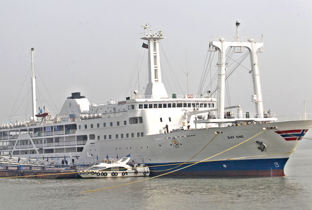 Luxury ship on Ctg-St. Martin's route from Jan 14