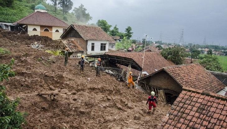 26 still missing, at least 13 dead in Indonesia landslides