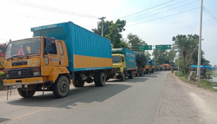 Ban imposed on plying of truck, pickup for Savar municipal polls from Jan 15 midnight
