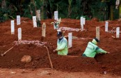 Global Covid deaths surpass 1.97 million
