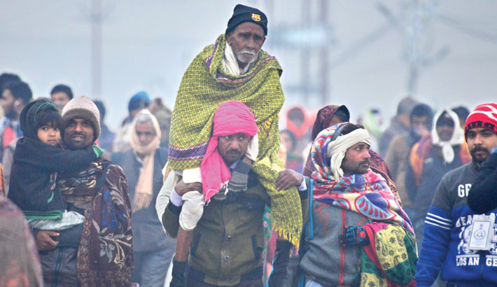 Corona fails to deter Indian massive Ganges pilgrimage