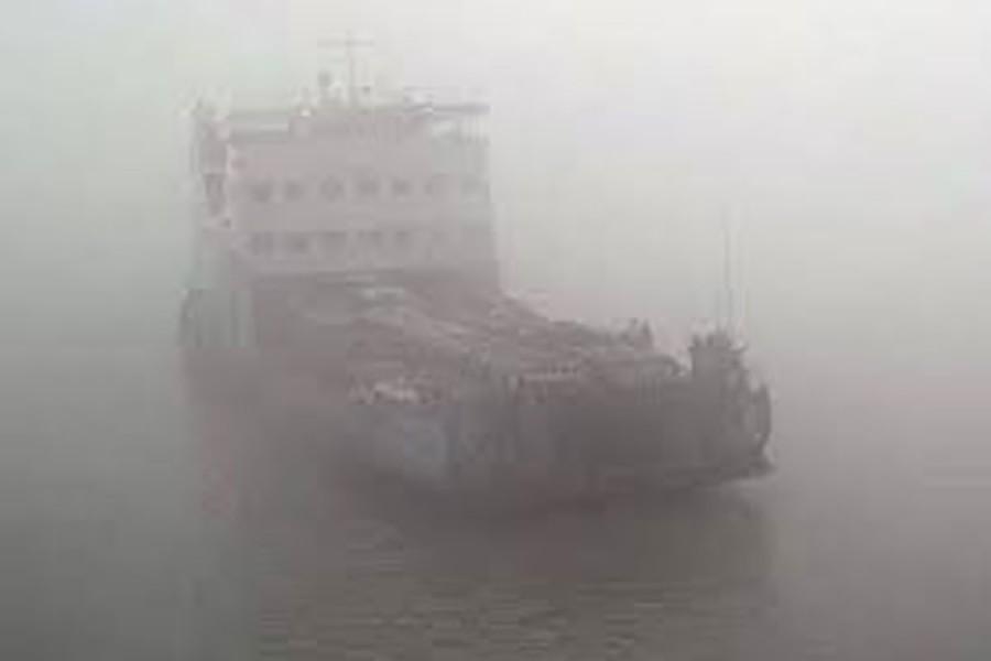 Dense fog disrupts ferry services