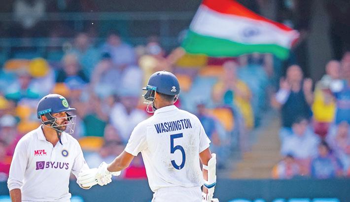 Sundar, Thakur drag India back into fourth Test