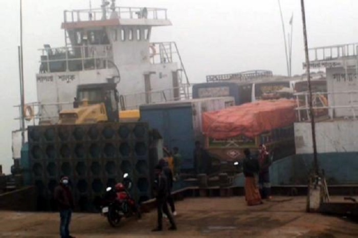 Ferry services resume on Paturia-Daulatdia route after 8 hours