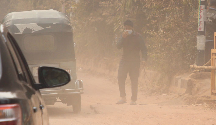 Transboundary flow pollutes Dhaka air
