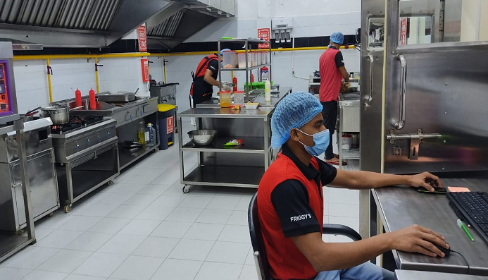 How cloud kitchens are disrupting traditional restaurants in Bangladesh?