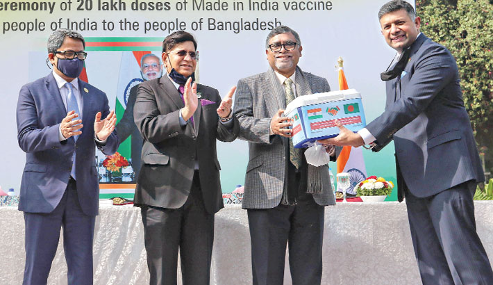Bangladesh receives 2m doses of vaccine from India as gift