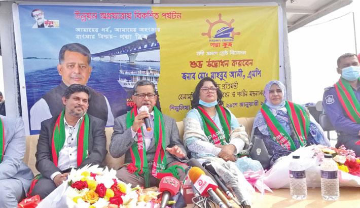 Govt  to promote river tourism: Mahbub