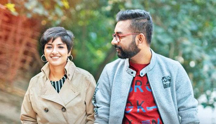 Lagnajita, Ranajoy lend voice to Bangladeshi song