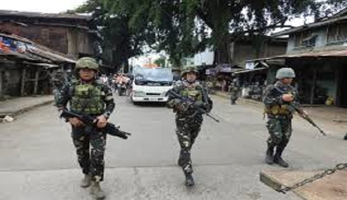 13 killed in southern Philippine shootout