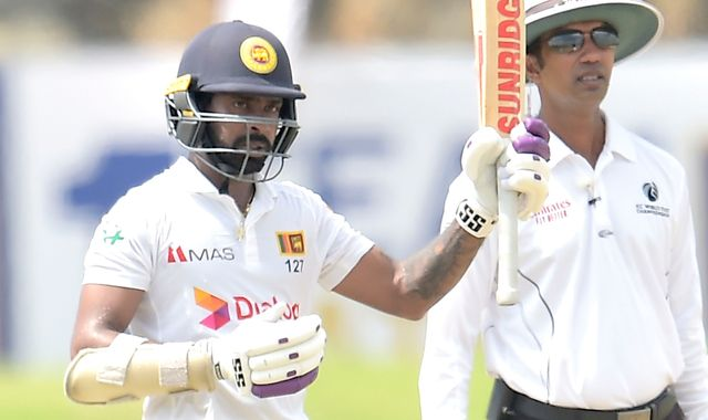 Dickwella helps Sri Lanka to 313-6 at lunch