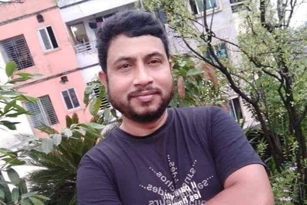Bangladesh Pratidin circulation official Alamgir killed in road crash