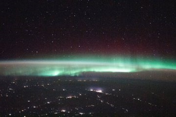 ISS shares awe-inspiring pictures of Earth's aurora from space