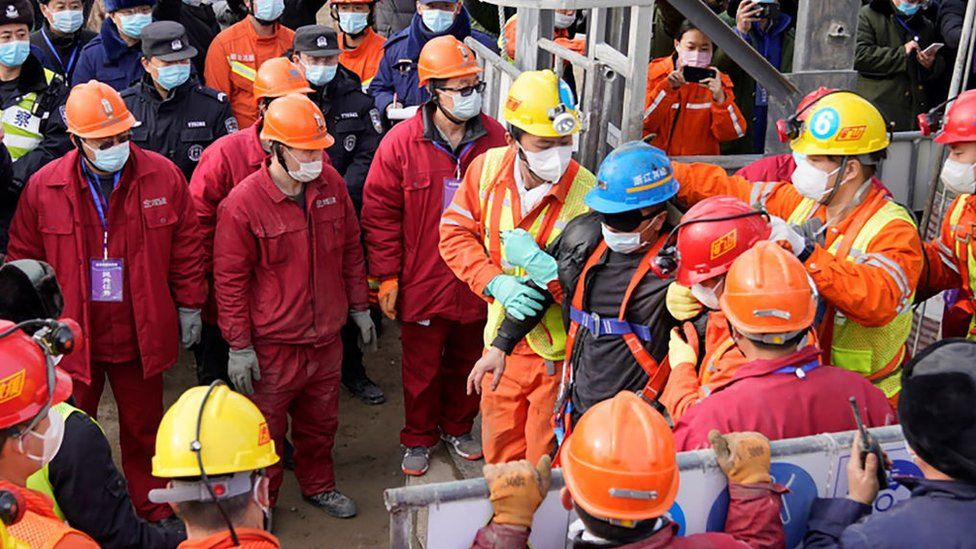 China mine rescue: Eleven miners brought to surface alive