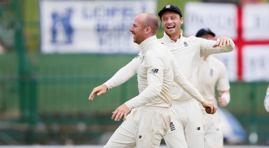 England lose Crawley in 164-run chase against Sri Lanka