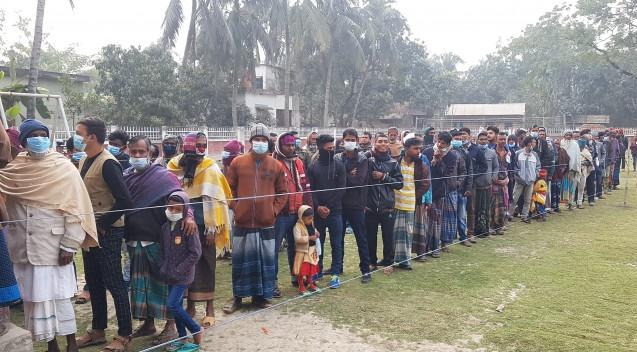 3rd phase municipal polls: Voting ends amid violence, boycott