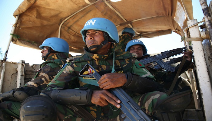 Bangladeshi peacekeepers rescued Chinese workers from being attacked by armed rebels in Central African Republic