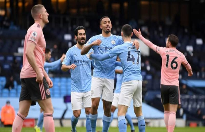 Jesus extends Man City's lead at the top