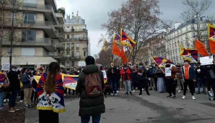 Protest outside China embassy in France against Tibetan monk's brutal killing in Chinese prison