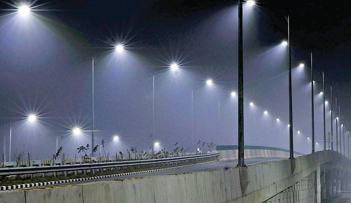 Dhaka-Mawa Expressway gives an impressive look