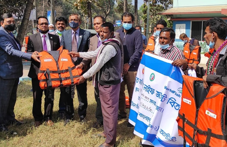 Life jackets distributed among fishing boat skippers in Cox's Bazar