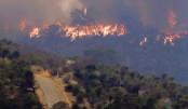 Australia's Perth battles bushfire