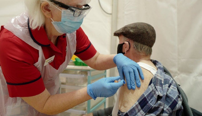 Covid: New Oxford vaccine 'ready by the autumn' to tackle mutations