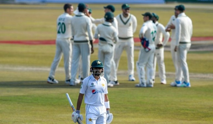 South Africa 26-2 after rampant Nortje restricts Pakistan to 272