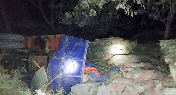 Father, daughter killed as truck ploughs into Pabna house