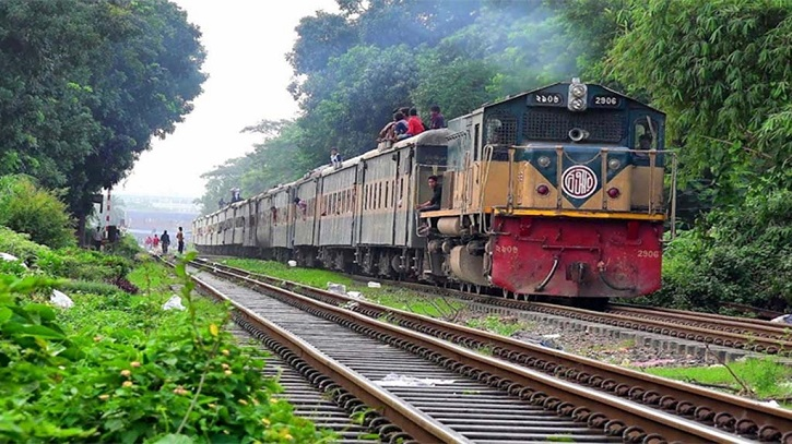 Rail communication with Sylhet resumes after 30 hours