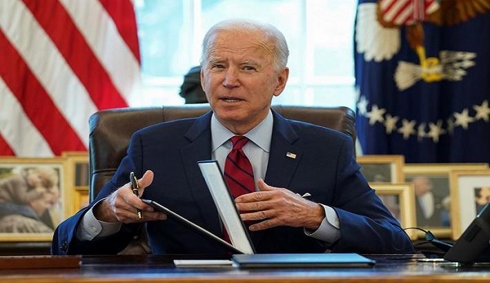 Biden leaves Republicans behind to fast track $1.9tn bill