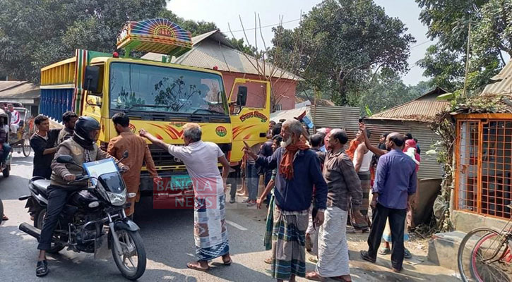 Pregnant woman, son and daughter killed in Sirajganj road crash