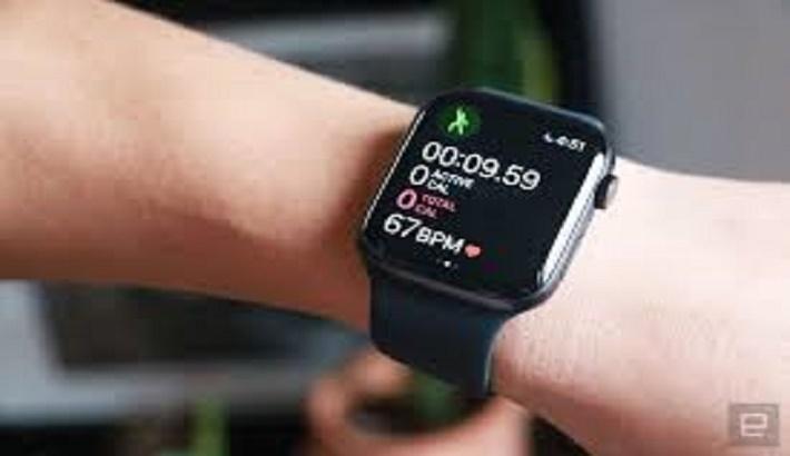 Apple Watch can help spot Covid-19 symptoms : Study